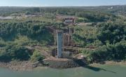 Ponte da integração avança sobre o Rio Paraná